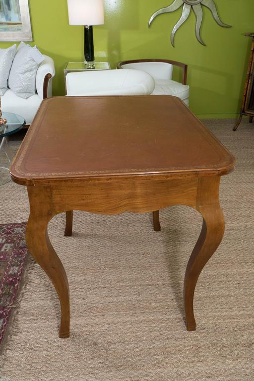 French Louis XV Style Writing Table For Sale 4