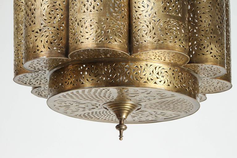 Large Pierced Brass Moroccan Chandelier in Alberto Pinto Style  2