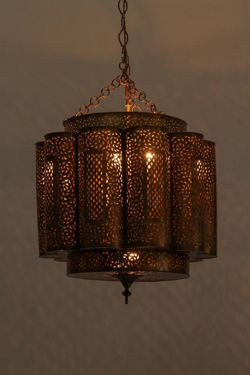Large Pierced Brass Moroccan Chandelier in Alberto Pinto Style  8
