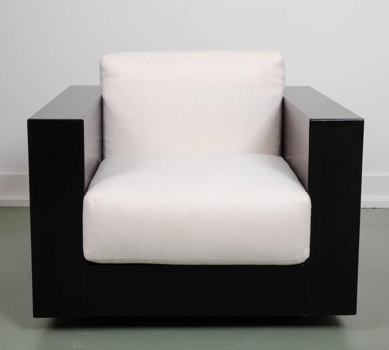 Pair Of Black Saratoga Lounge Chairs By Massimo Vignelli