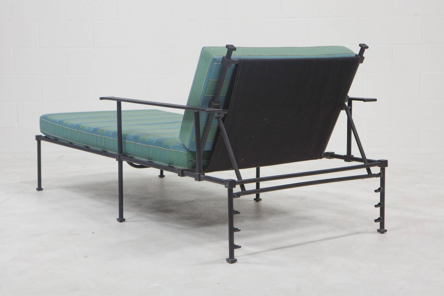 Outdoor vintage chaise lounges at 1stdibs for Antique chaise lounge prices