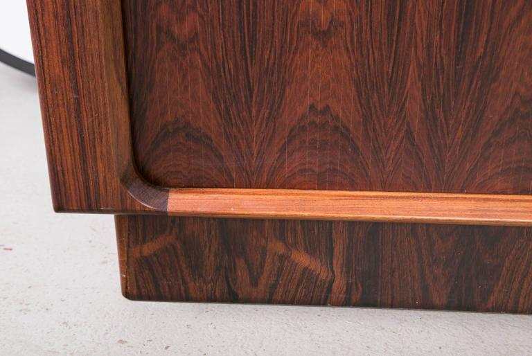 Mid-Century Modern Danish Modern Rosewood Credenza by Dyrlund for Maurice Villency For Sale