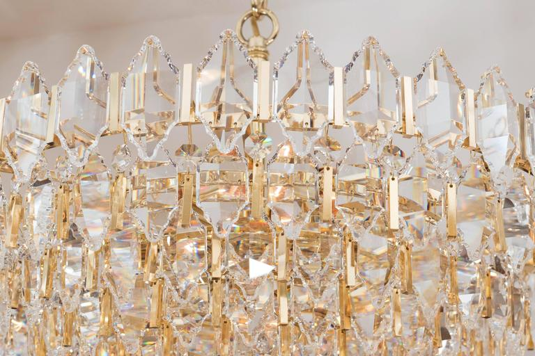 Tiered Brass and Crystal Chandelier In Good Condition For Sale In New York, NY