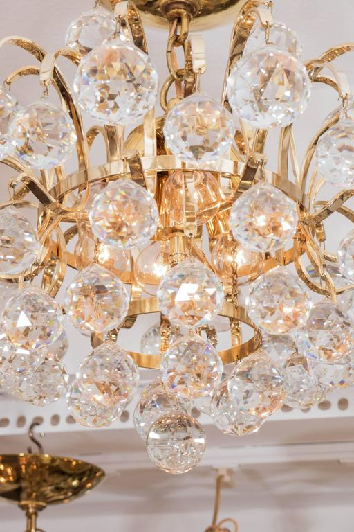 Brass Crystal Drop Chandelier In Good Condition For Sale In New York, NY