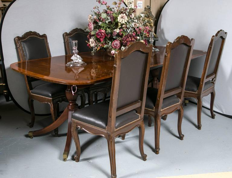 Baker Furniture Company Dining Table This Finely Satinwood Inlaid Banded Has Two 175 American Georgian Style Mahogany