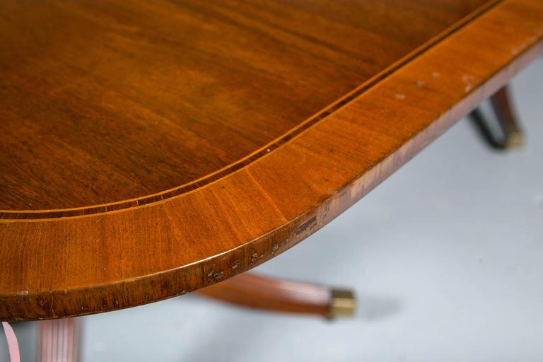 American Georgian Style Mahogany Banded Dining Table By Baker With Two Leaves For Sale