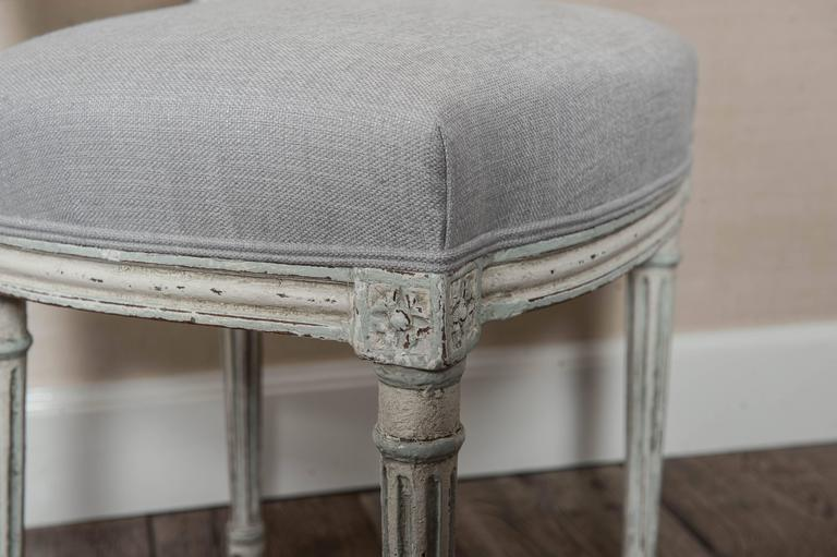 Set of Six Fully Restored French Louis XVI / Seize Style Dining Chairs For Sale 5