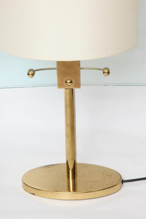 Mid-Century Modern Italian Glass and Brass Table Lamp by Fontana Arte For Sale