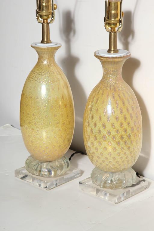 Mid-Century Modern Pair of Yellow & White Murano Glass Table Lamps with Silver inclusions, 1950s  For Sale