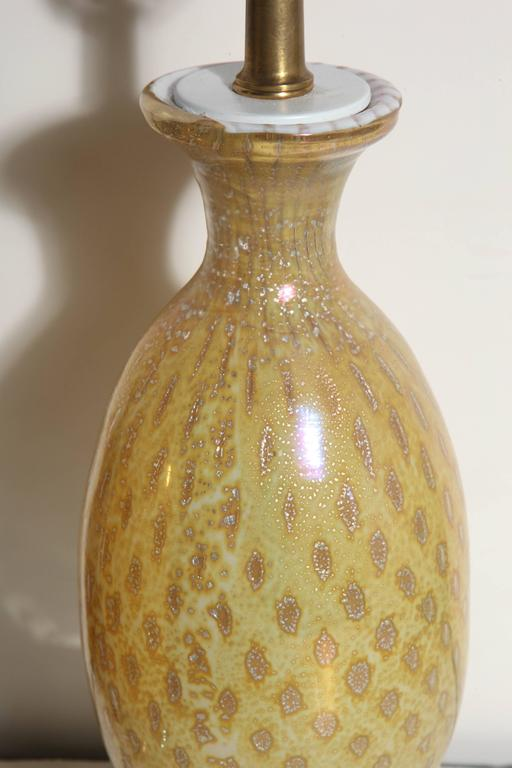 Mid-20th Century Pair of Yellow & White Murano Glass Table Lamps with Silver inclusions, 1950s  For Sale