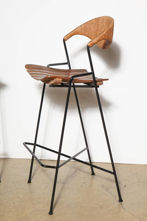 Pair Of Arthur Umanoff For Raymor Bar Stools At 1stdibs