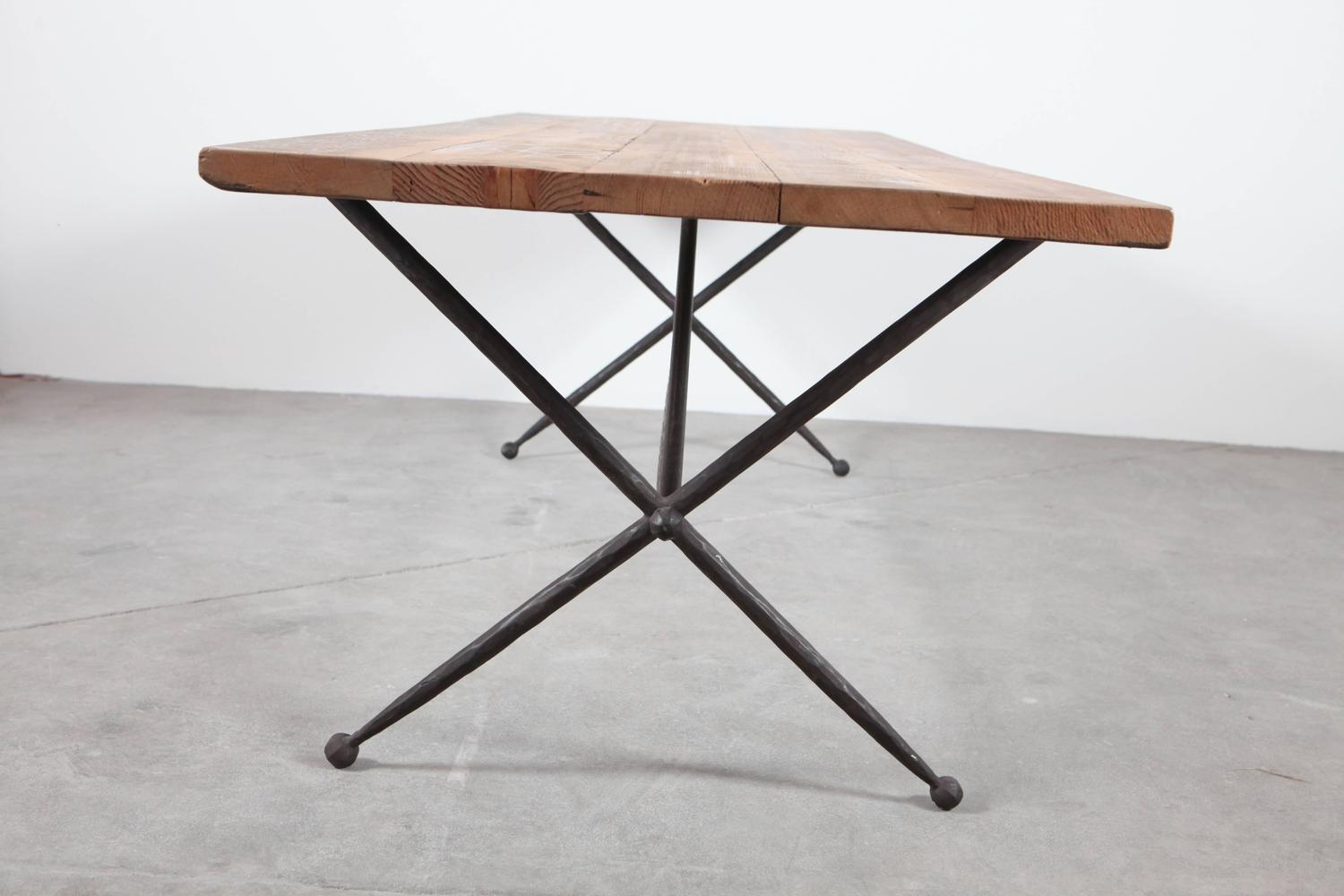 long iron x base jacks dining table with reclaimed wood top at 1stdibs. Black Bedroom Furniture Sets. Home Design Ideas
