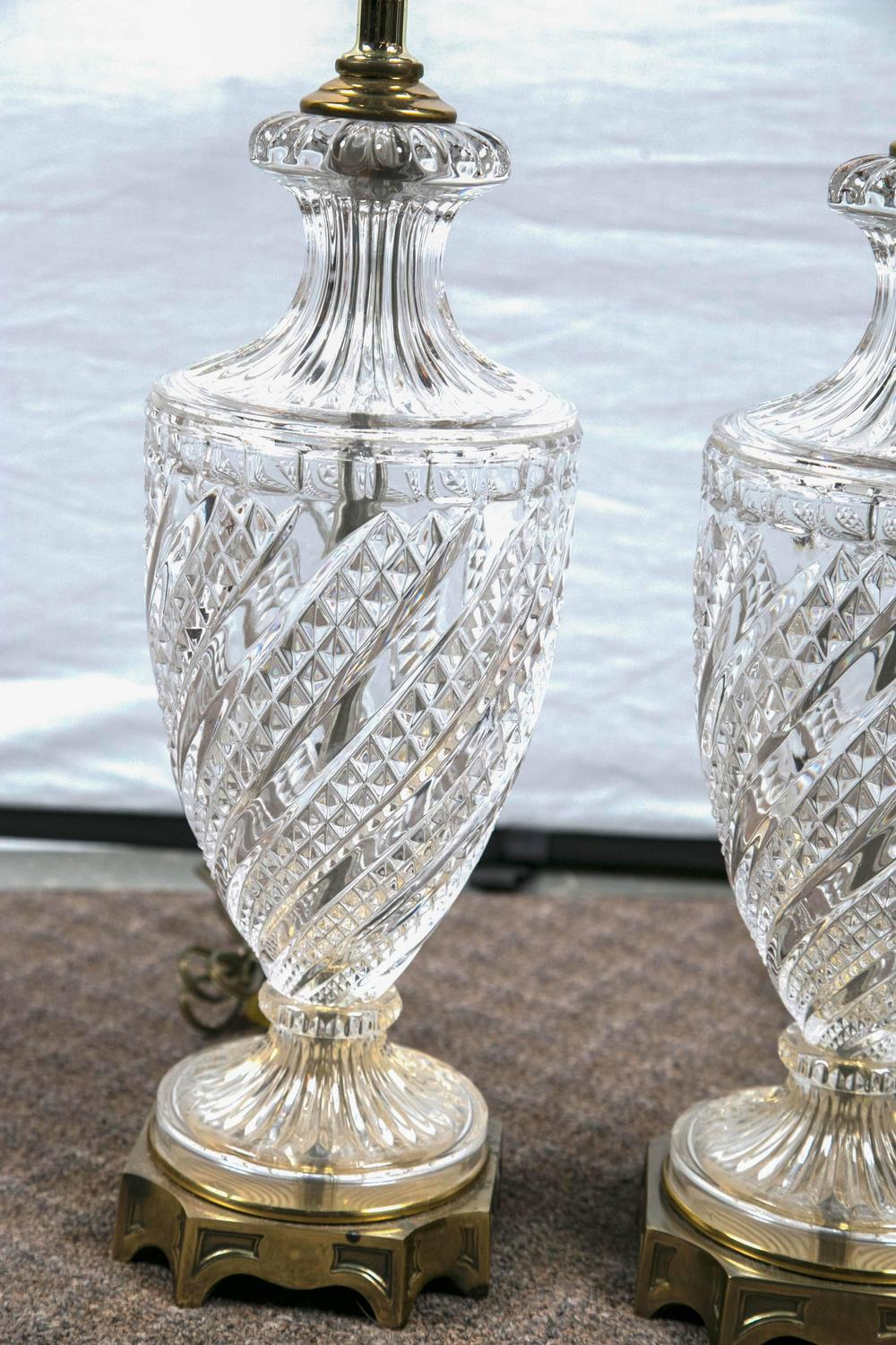 pair of baccarat crystal lamps for sale at 1stdibs. Black Bedroom Furniture Sets. Home Design Ideas