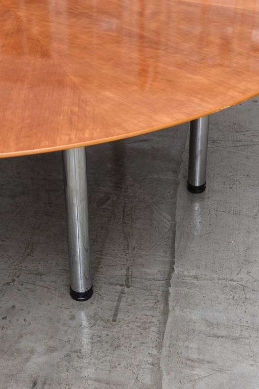 Swedish Circular Large Dining Table Klaus Wettergren  : DSC1865l from www.1stdibs.com size 513 x 768 jpeg 41kB