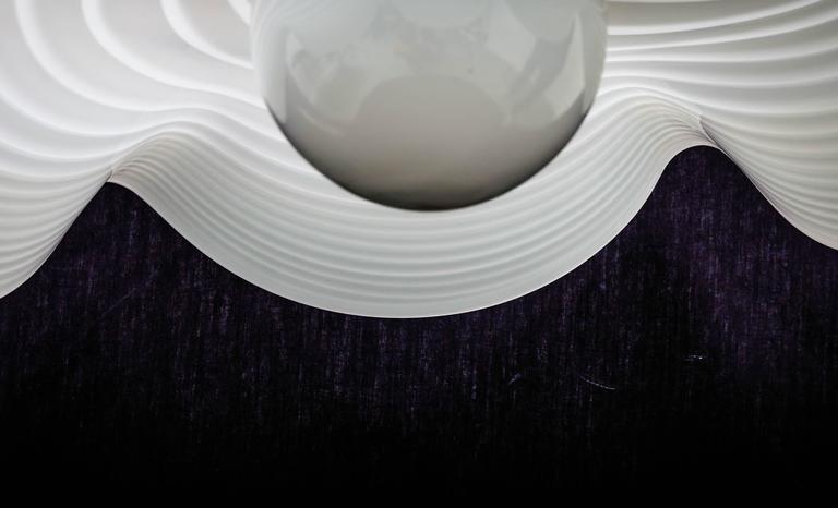 20th Century Murano Bell Shape Ruffled Hanging Glass Pendant For Sale
