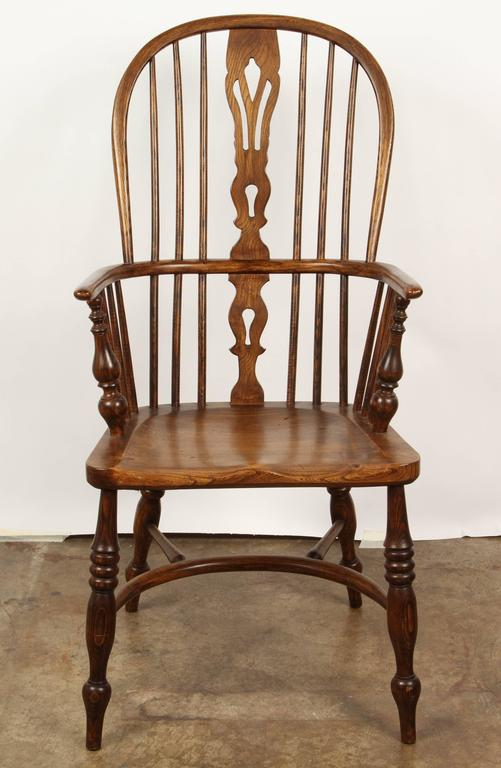 One English Yew High Back Chair In Good Condition For Sale In South Pasadena, CA