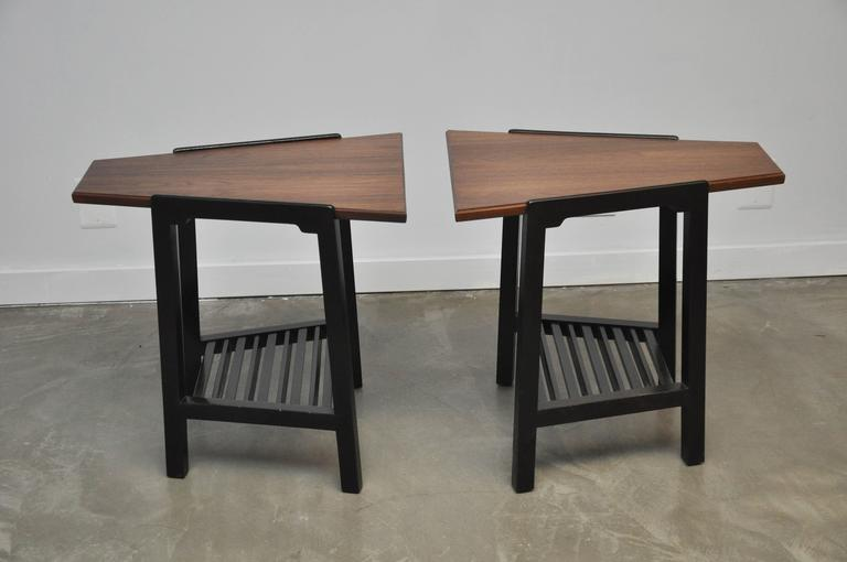 Dunbar Wedge Side Tables by Edward Wormley In Excellent Condition For Sale In Chicago, IL