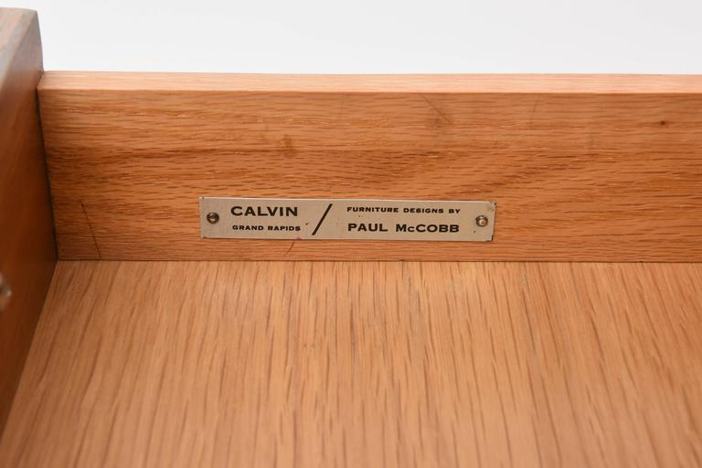 Paul McCobb Side Table In Excellent Condition For Sale In North Miami, FL