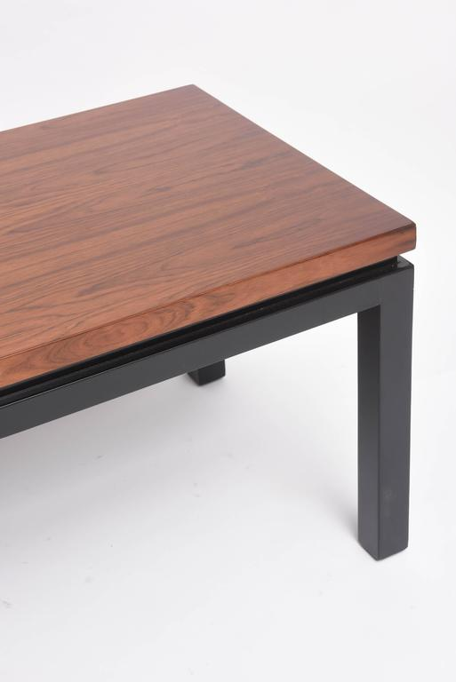 American Mid-Century Modern Walnut Wood Bench or Cocktail Table, Style of Harvey Probber For Sale