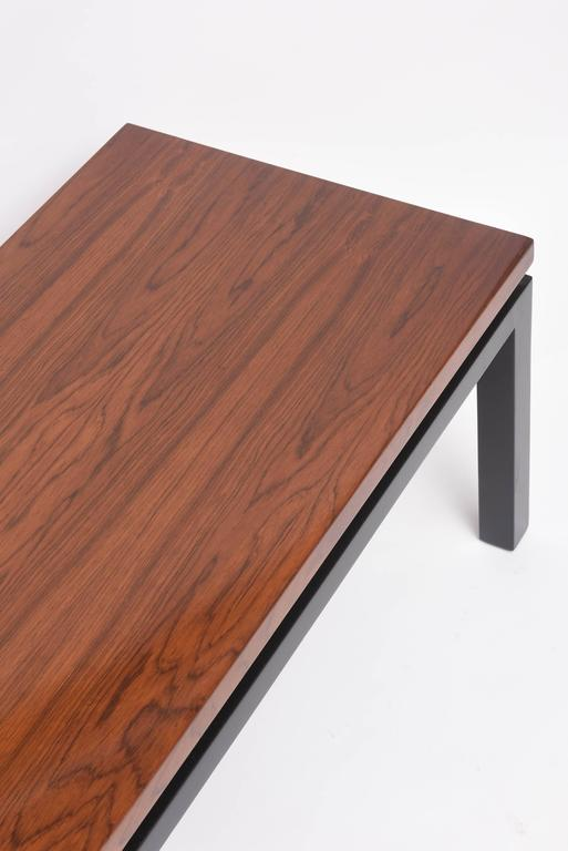 Mid-Century Modern Walnut Wood Bench or Cocktail Table, Style of Harvey Probber For Sale 2
