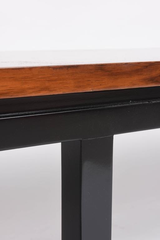 Mid-Century Modern Walnut Wood Bench or Cocktail Table, Style of Harvey Probber For Sale 4