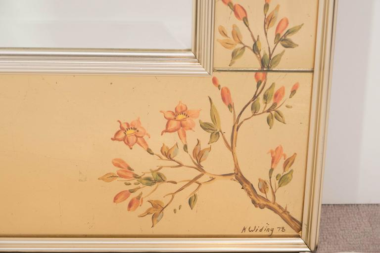 Labarge Mirror with Hand-Painted Églomisé Frame in the Chinoiserie Style For Sale 2