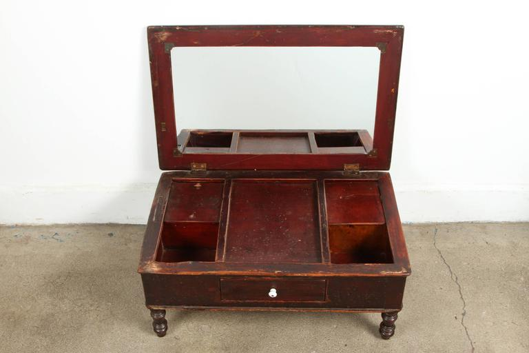 19th Century Victorian Mahogany Dressing Table Mirror with Jewelry Chest For Sale 1