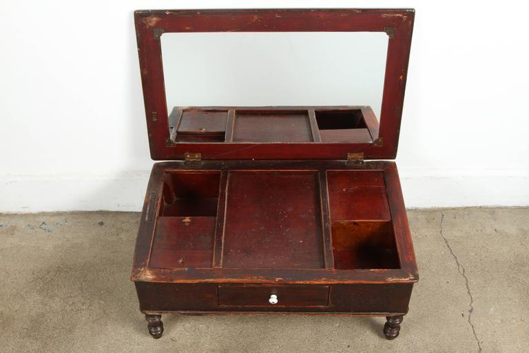 19th Century Victorian Mahogany Dressing Table Mirror with Jewelry Chest For Sale 2