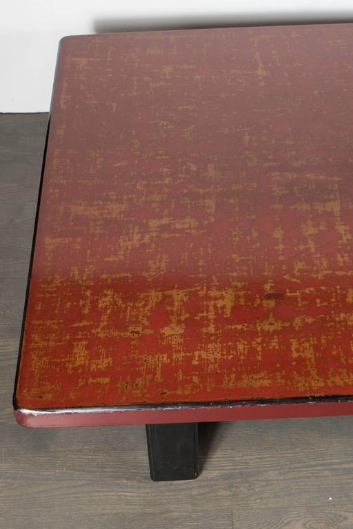 Mid-Century Modern Chinese Red Lacquered Coffee Table on Ebonized Table Legs 4