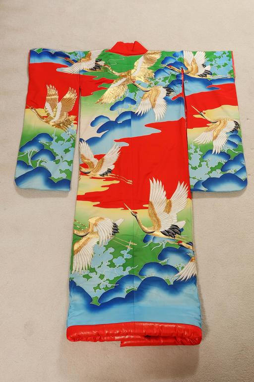 Vintage Collectable Japanese Ceremonial Kimono In Excellent Condition For Sale In North Hollywood, CA