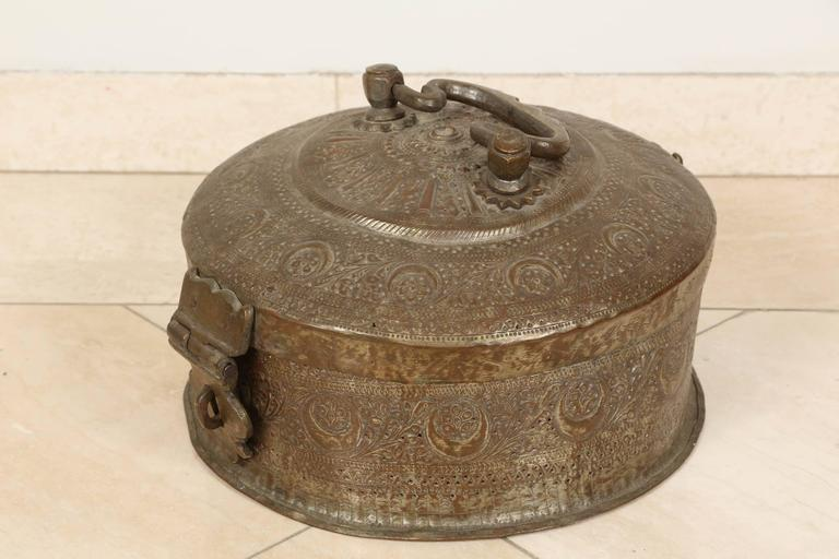Decorative Box Lid : Large decorative round bronze box with lid at stdibs