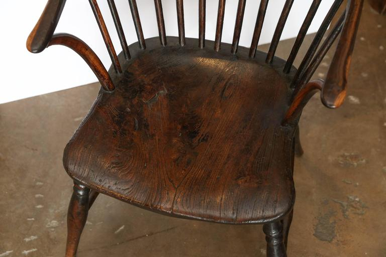 English Antique 19th Century Windsor Chair For Sale