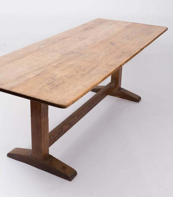 19th Century English Oak and Elm Table, England, circa 1850 3