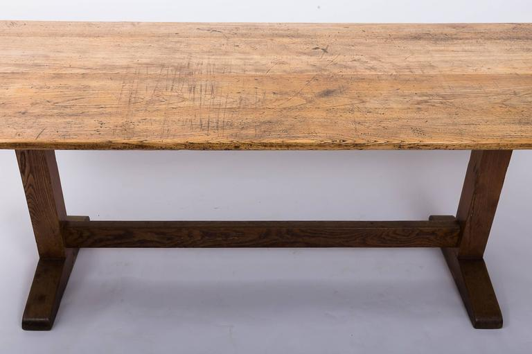 19th Century English Oak and Elm Table, England, circa 1850 7
