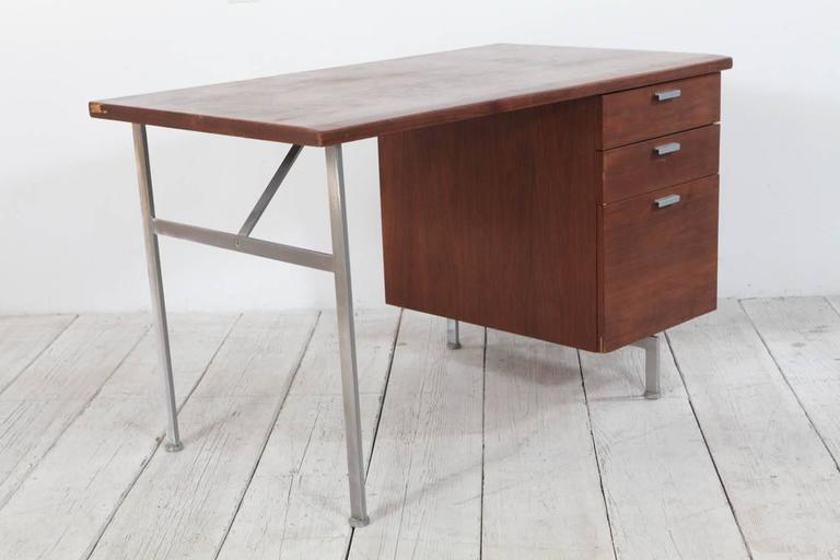 Midcentury Walnut and Stainless Steel Three-Drawer Desk In Good Condition For Sale In Los Angeles, CA