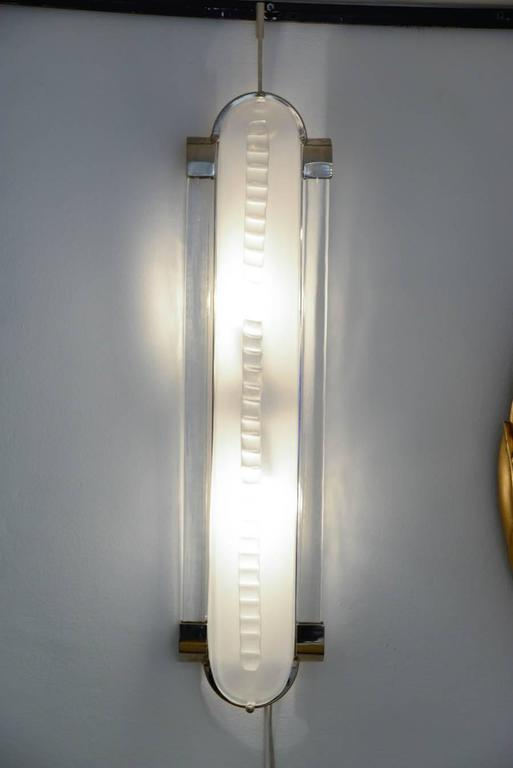 Italian Art Deco Style Pair of Sconces in Murano Glass For Sale 4