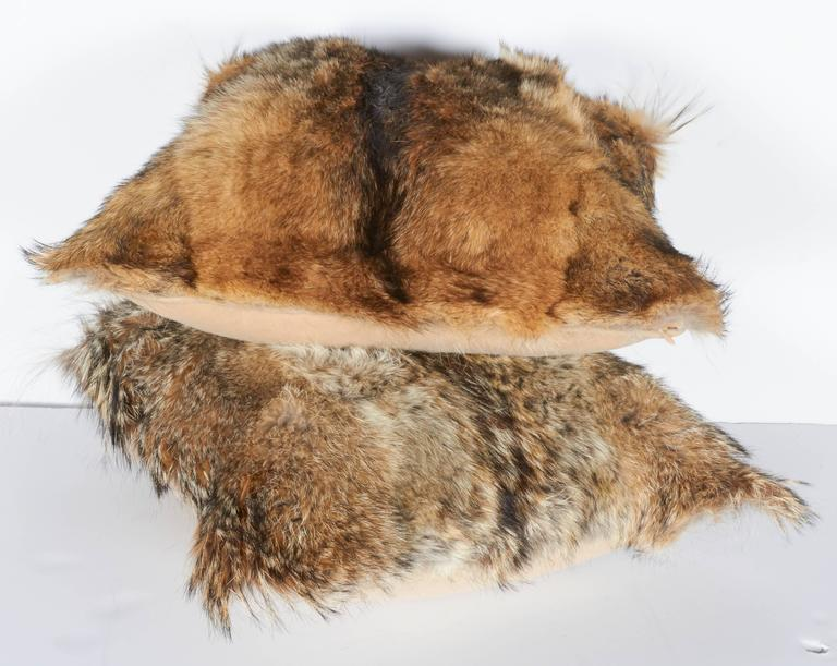 Hand-Crafted Pair of Luxury Fur Throw Pillows in Coyote and Cashmere For Sale