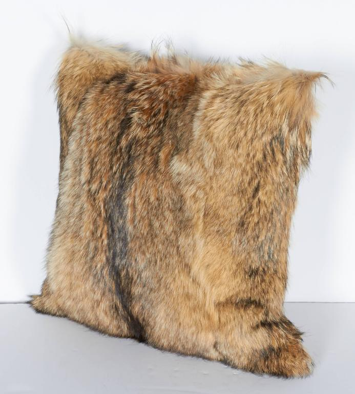 Contemporary Pair of Luxury Fur Throw Pillows in Coyote and Cashmere For Sale