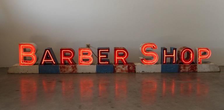 Unique Vintage Americana Mid-Century Neon Barber Shop Sign For Sale at  WG41