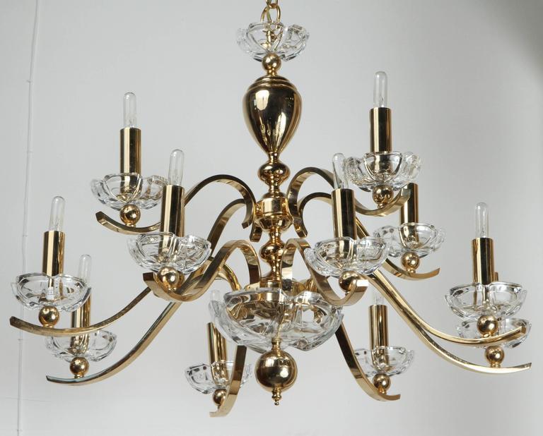 American Elegant Twelve-Arm Polished Brass Chandelier For Sale