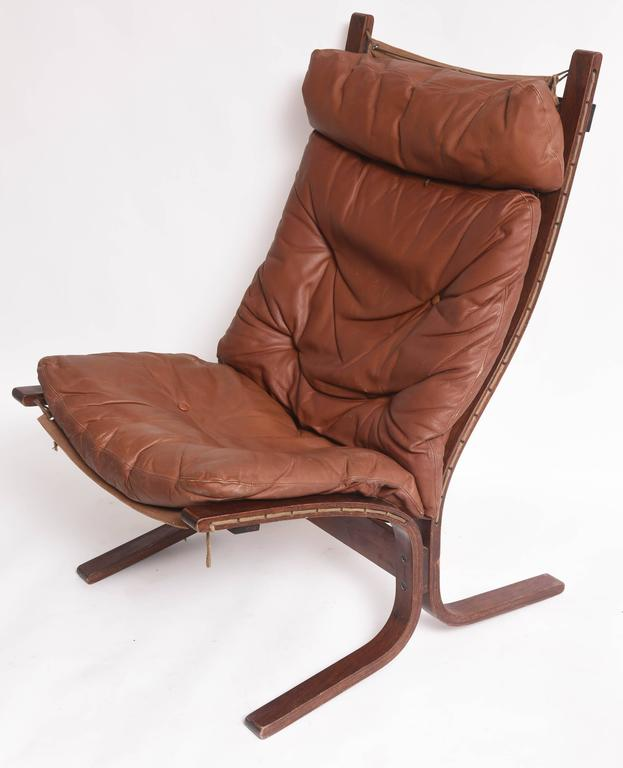 Mid Century Danish Modern Rosewood And Leather Lounge