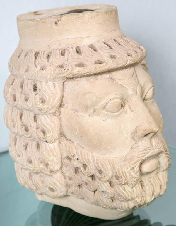 Dramatically Carved White Marble Head In Good Condition For Sale In Woodbury, CT