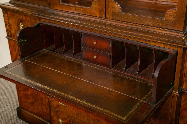 Ordinaire Georgian Style Saginaw Breakfront Bookcase Cabinet At 1stdibs