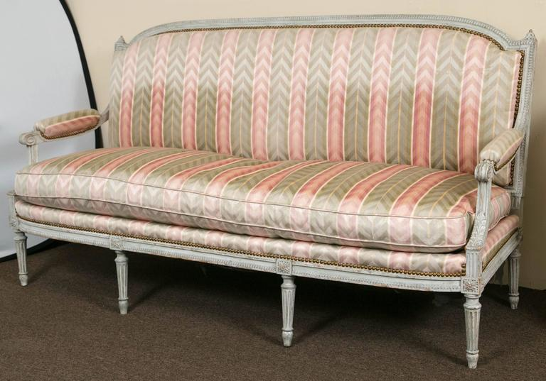 Hollywood Regency Paint Decorated Frame Louis XVI Style Settee attributed to Jansen Detailed Sofa For Sale
