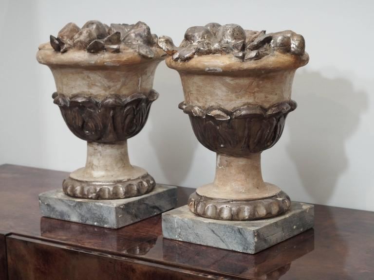 Pair of Carved Fruit Bowls For Sale 1