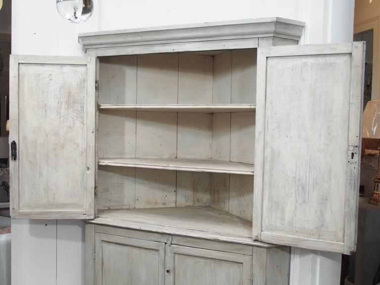 Early English White Wash Corner Cupboard with Scalloped Base 3