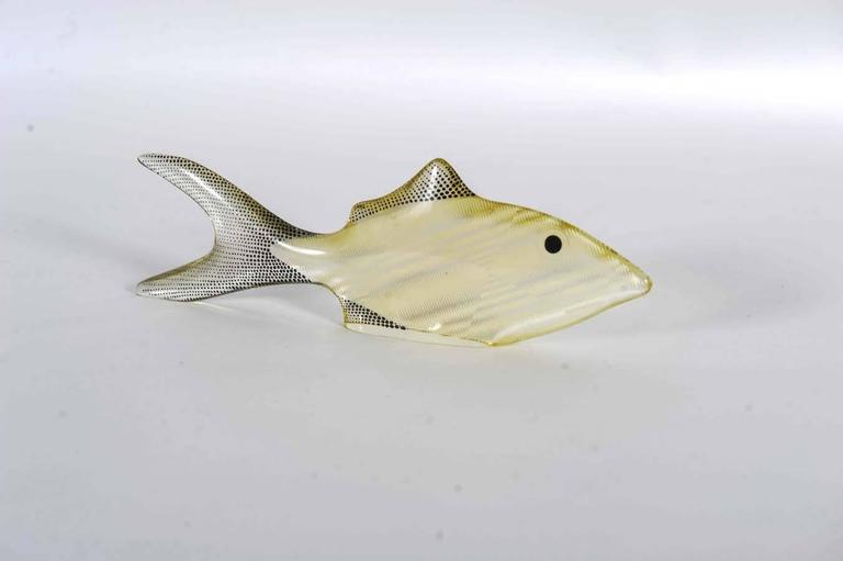 Mid-Century Modern Set of 3 Midcentury Lucite Fish Designed by Brazilian Artist Abraham Palatnik For Sale