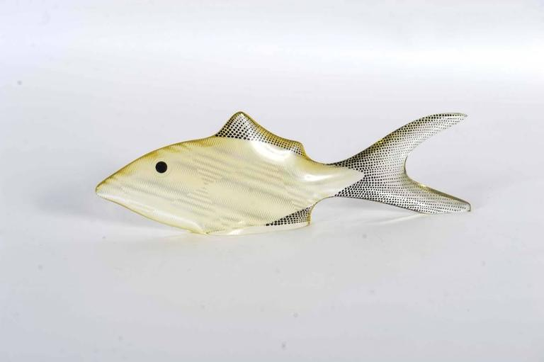 20th Century Set of 3 Midcentury Lucite Fish Designed by Brazilian Artist Abraham Palatnik For Sale