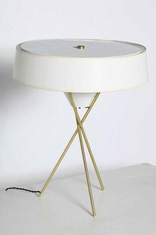 Mid Century Modern Gerald Thurston For Lightolier Brass Tripod Table Lamp  With White Linen Shade