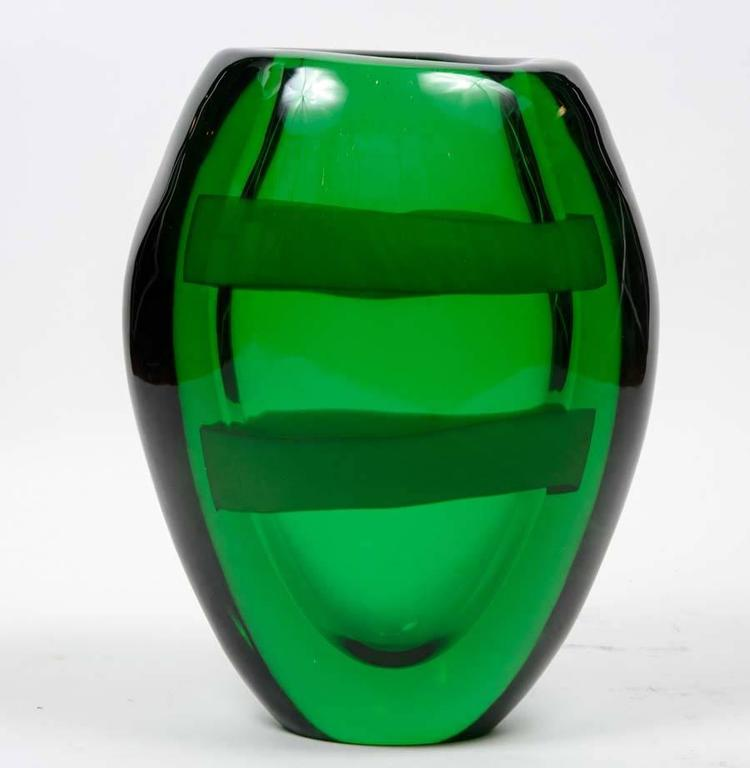 Mid-Century Modern Nice Pair of Signed Green Murano Glass For Sale